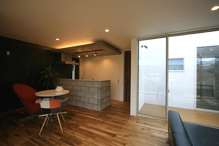 S mil e | デザイン住宅の株式会社ぶすじま建設|群馬県桐生市