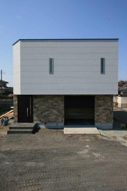 BIKE Garage   デザイン住宅の株式会社ぶすじま建設 群馬県桐生市